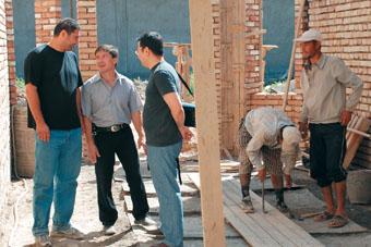 На строительстве Азиатской академии самбо в Ташкенте